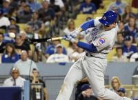 Cubs clobber Dodgers, even NLCS