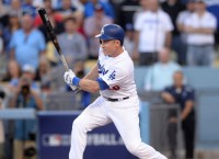 Dodgers edge Nats, send NLDS to Game 5
