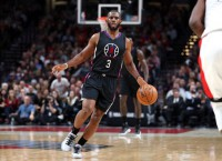 Griffin, Paul carry Clippers to victory over Blazers