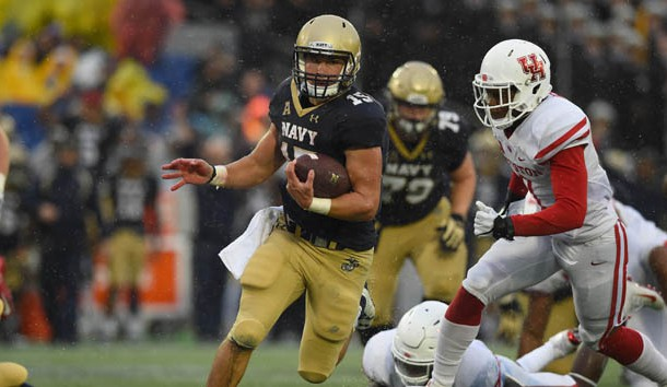 Oct 8, 2016; Annapolis, MD, USA; Navy Midshipmen quarterback Will Worth (15) runs during the first quarter against the Houston Cougars at Navy Marine Corps Memorial Stadium. Photo Credit: Tommy Gilligan-USA TODAY Sports