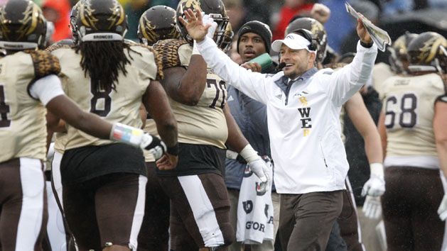 Unbeaten Western Michigan rallies past Kent State