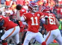 Thursday Night NFL Preview: Raiders at Chiefs