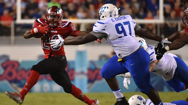 White, Wales spark Western Kentucky bowl rout