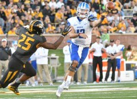QB's return bolsters MTSU for bowl game vs. Hawaii