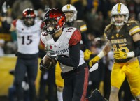Pumphrey to make run at history in Las Vegas Bowl