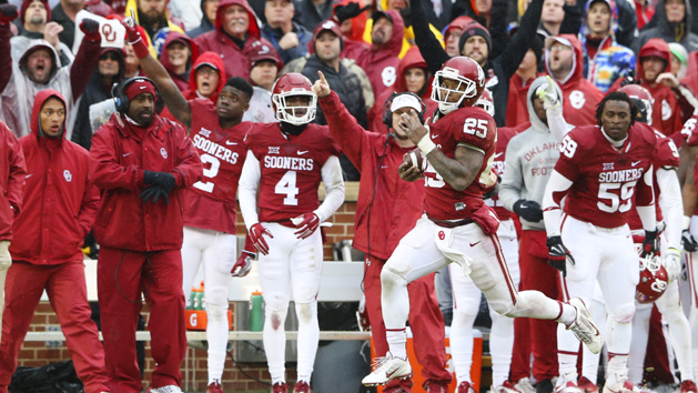 Mixon, Mayfield lead Sooners past Cowboys