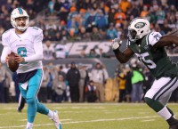 Dolphins, Moore bury Jets