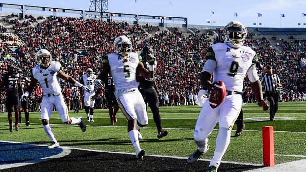 South Florida tops South Carolina in Birmingham Bowl