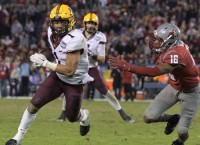 Minnesota D haults Washington State in Holiday Bowl