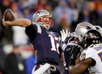 Brady's 3rd TD pass seals Pats' win over Ravens