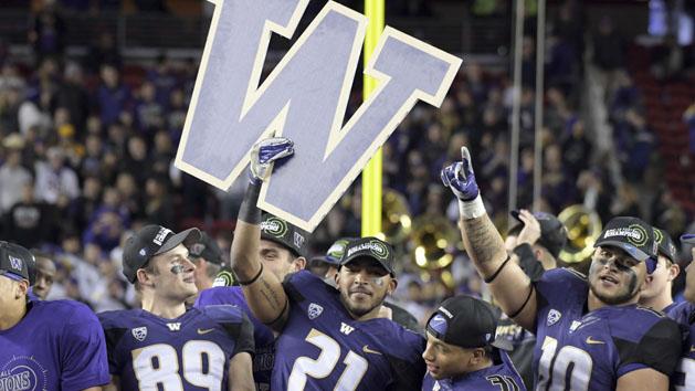Washington beats Colorado, likely secures CFP spot