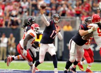 NFL Notes: Osweiler to start in Texans' playoff game