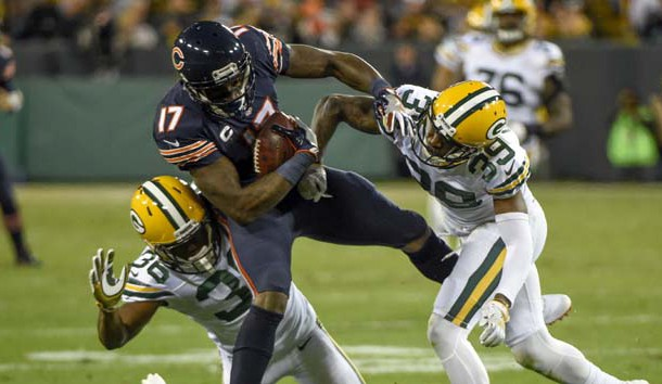 Oct 20, 2016; Green Bay, WI, USA;  Wide receiver Alshon Jeffery (17) is not expected to be re-signed by the Bears. Photo Credit: Benny Sieu-USA TODAY Sports