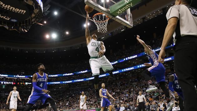 Thomas ties mark as Celtics defeat Sixers
