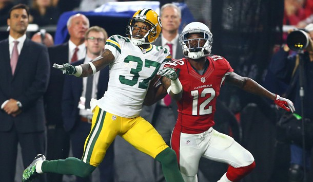 Jan 16, 2016; Glendale, AZ, USA; Green Bay Packers cornerback Sam Shields (37) defends Arizona Cardinals wide receiver John Brown (12) during the NFC Divisional round playoff game at University of Phoenix Stadium. Photo Credit: Mark J. Rebilas-USA TODAY Sports