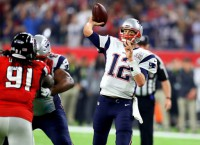 Patriots' Brady intends to play into his mid-40s