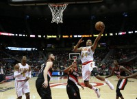 NBA Notes: Hawks' Bazemore, Millsap to miss time