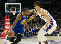 Warriors' Durant out at least 4 weeks with leg injury