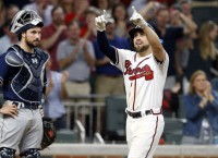 Braves beat Padres in debut at new stadium