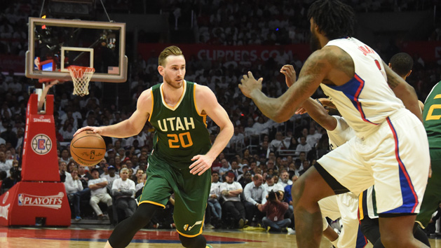 Hayward leads Jazz to 3-2 series lead on Clippers