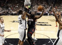 NBA Recaps: Rockets, Cavs cruise to opening wins