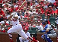 MLB Recaps: Wainwright does it all in Cardinals' win
