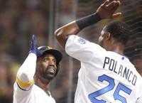 McCutchen's HR caps Pirates' 4-3 win over Cubs