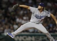 Kershaw wins 15th as Dodgers edge White Sox, 1-0