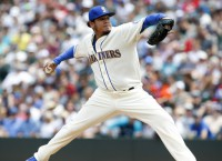 Mariners' Hernandez, three relievers shut out A's