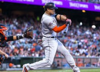 Stanton, rookies battle for Home Run Derby glory