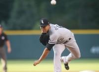 White Sox send LHP Quintana to Cubs