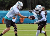 Dolphins RB Ajayi diagnosed with concussion