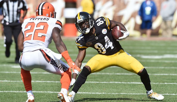 Sep 10, 2017; Cleveland, OH, USA; Pittsburgh Steelers wide receiver Antonio Brown (84) runs with the ball after a catch as Cleveland Browns linebacker Jabrill Peppers (22) defends during the second half at FirstEnergy Stadium. Photo Credit: Ken Blaze-USA TODAY Sports