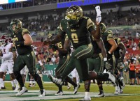 Dancing Bulls: USF routs Temple behind Flowers, D