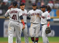 MLB Recaps: Indians run winning streak to 12