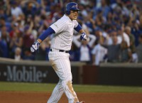 Rizzo comes through in 8th as Cubs edge Nationals