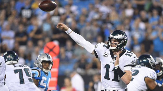 Eagles' Wentz expects to be ready for Week 1