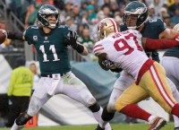 Eagles' Pederson to pick QB starter by Friday