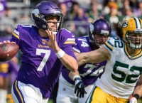 NFL Recaps: Packers lose Rodgers, game to Vikings
