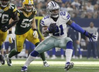 Elliott to play after temp restraining order granted