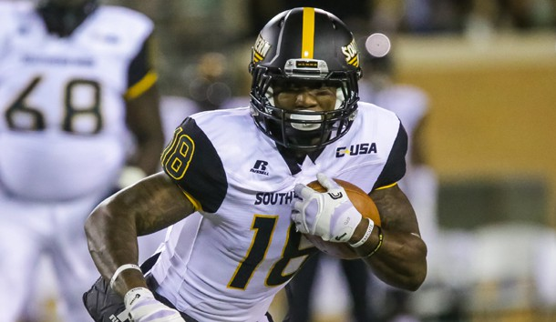 Nov 19, 2016; Denton, TX, USA; Southern Miss Golden Eagles wide receiver Korey Robertson (18) runs with the ball in the third quarter against North Texas Mean Green at Apogee Stadium. Photo Credit: Sean Pokorny-USA TODAY Sports
