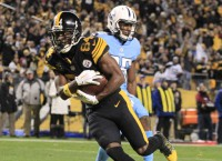 Steelers air it out in win vs. Titans