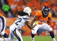 Skidding Broncos hunt for a win against Patriots