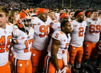 CFB Notebook: Clemson rises to No. 1 in AP poll