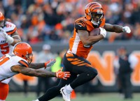 Bengals RB Mixon breaks out