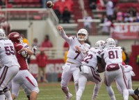 Thomas' Reception Saves the Day for the Bulldogs