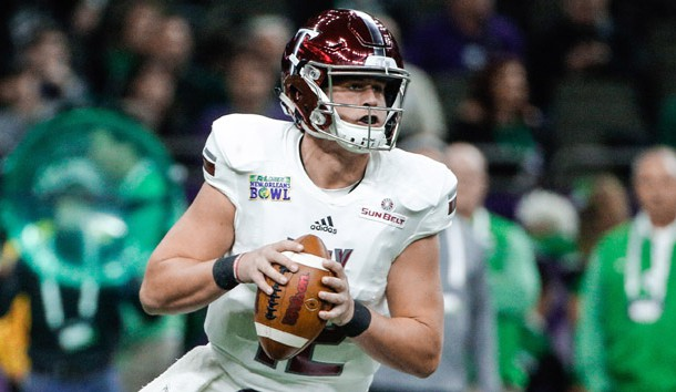Dec 16, 2017; New Orleans, LA, USA; Troy Trojans quarterback Brandon Silvers (12) throws against the North Texas Mean Green during the first quarter in the 2017 New Orleans Bowl at the Mercedes-Benz Superdome. Photo Credit: Derick E. Hingle-USA TODAY Sports