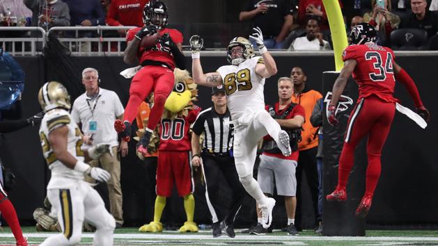 Falcons stop Saints to keep NFC South hopes alive