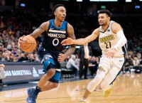 Report: T-Wolves' Teague (knee) out indefinitely
