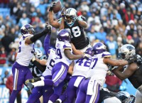 NFL Recaps: Stewart (3 TDs), Panthers top Vikings